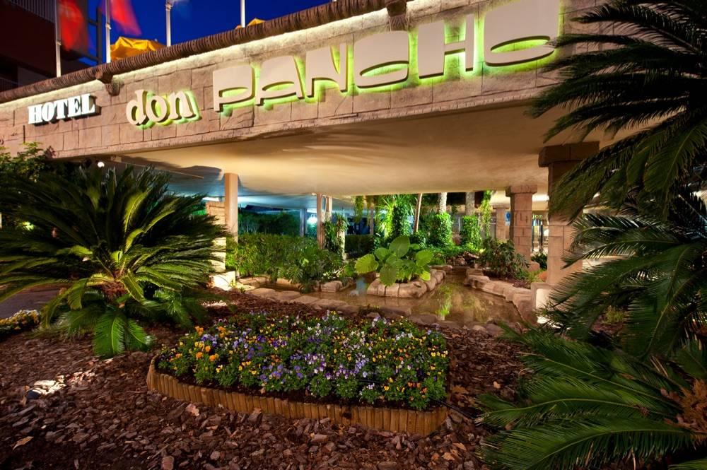 El Colegio Territorial de Arquitectos de Alicante selecciona al hotel Don Pancho con la distinción de la placa Docomomo 2021.