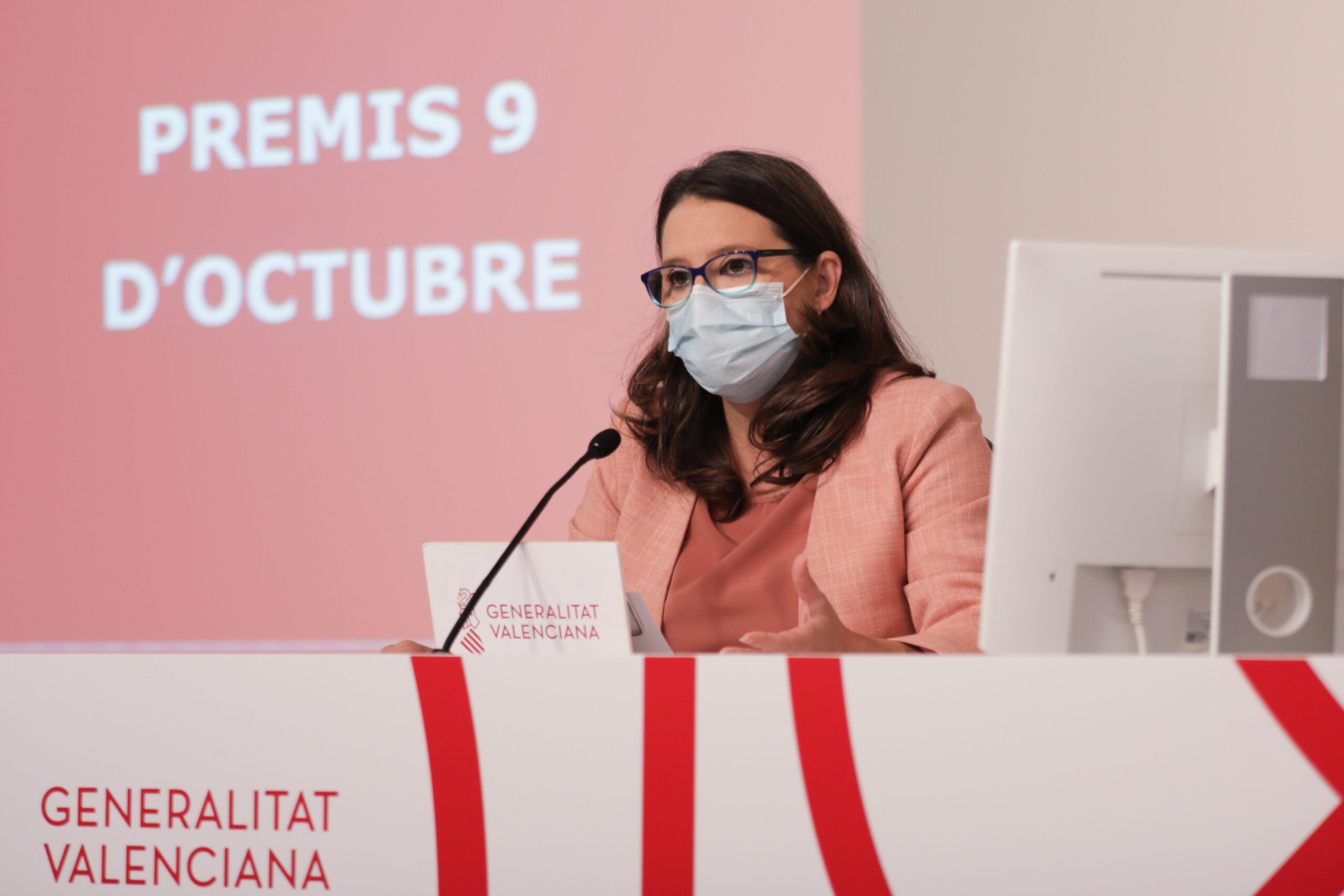 El Consell otorga la Alta Distinción de la Generalitat a los equipos de vacunación contra la COVID-19 en la Comunitat Valenciana