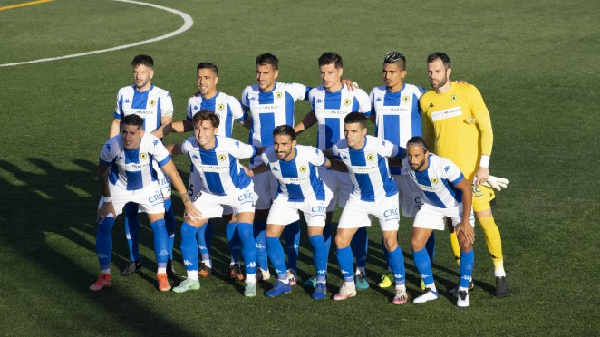 El Hércules CF consigue los tres puntos con una gran actuación de todo el equipo ante el At. Pulpileño
