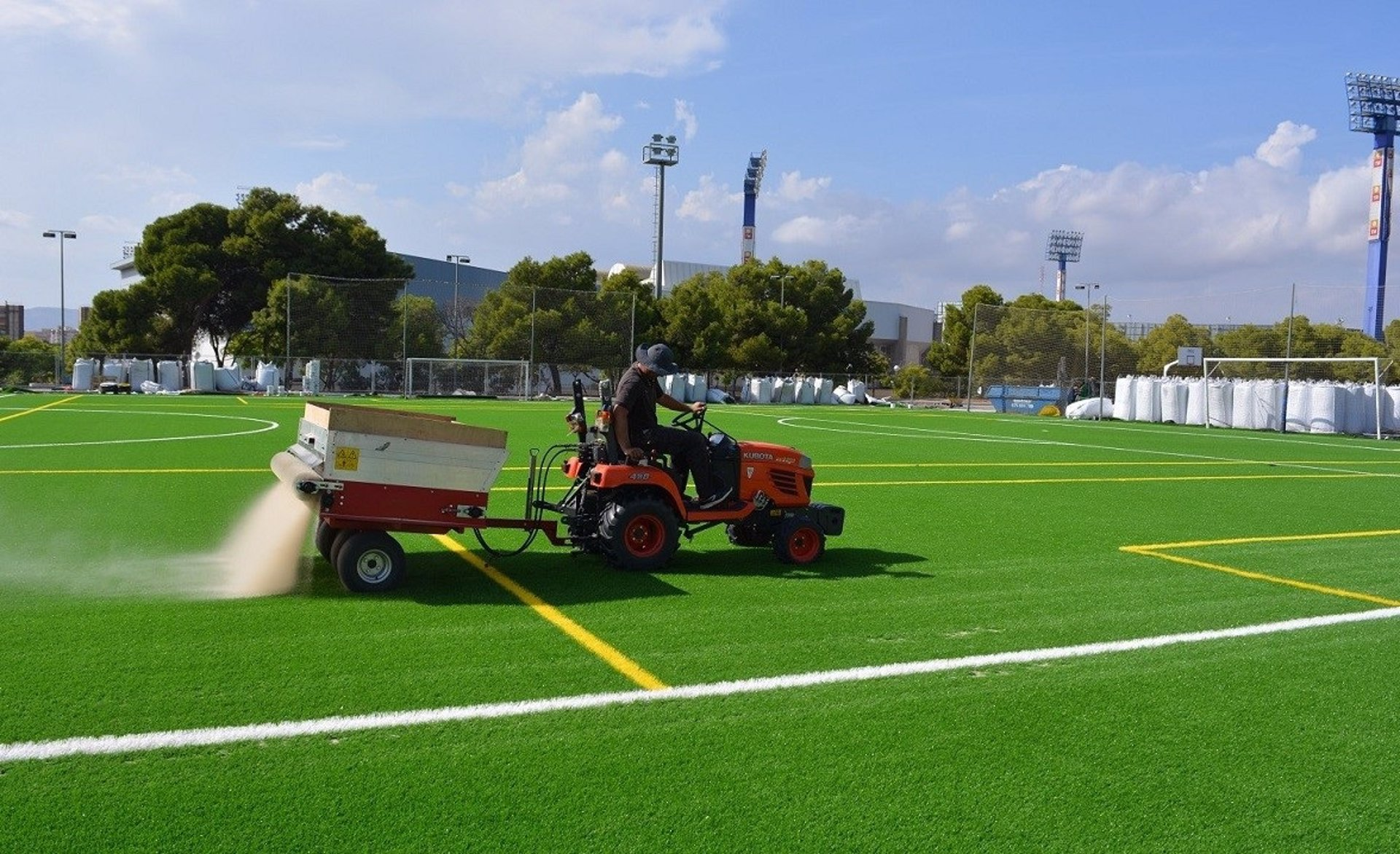 'Luz Verde' a la renovación del césped artificial en los campos de fútbol Antonio Solana, San Blas y Florida